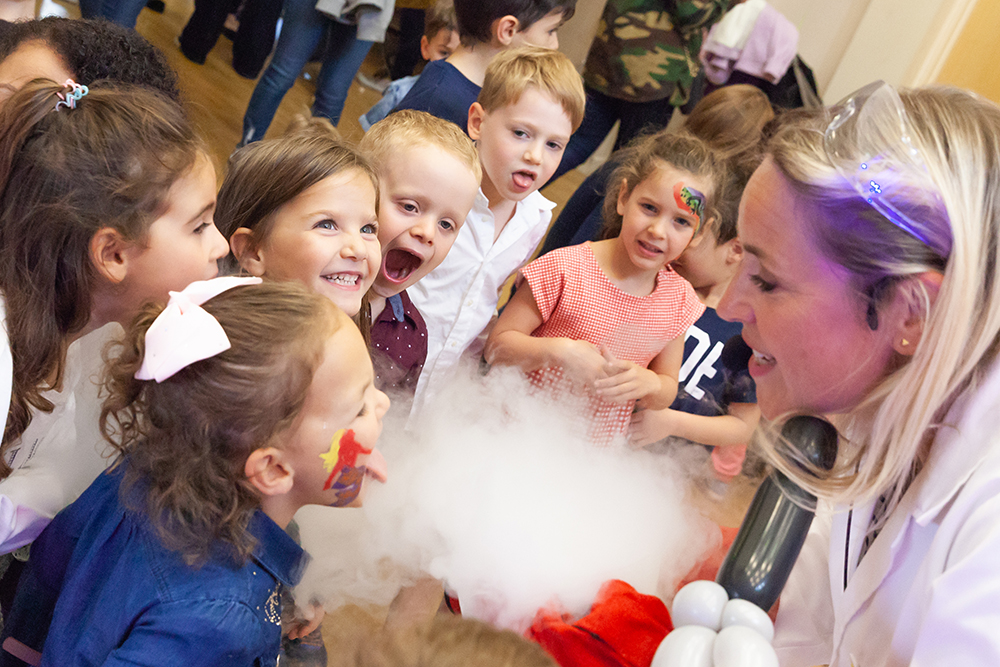 Kids science party